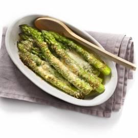 Geroosterde asperges met pestoboter en parmezaan