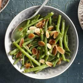 Haricots verts met pestoboter en amandel