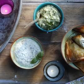 Hummus met feta en koriander