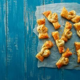 Italiaanse kaas-kruidenknopen