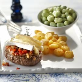 Tartaar met paddenstoelentapenade en brie