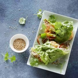 Thaise wraps met garnalen, mihoen en sesamzaad