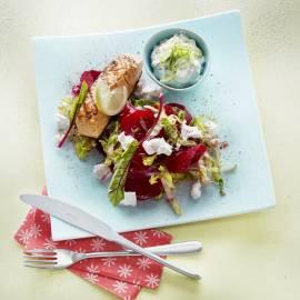 Zomerbietjessalade met geroosterde zalm