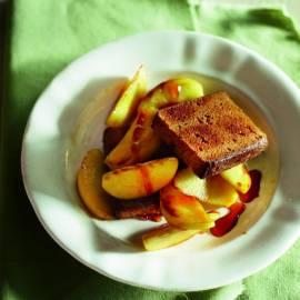 Gebakken appel met geroosterde  kruidkoek