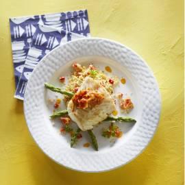 Gebakken vis met tomaat-gemberchutney en couscous