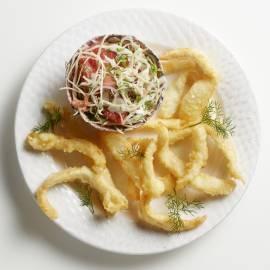 Vis-tempura met frisse koolsalade