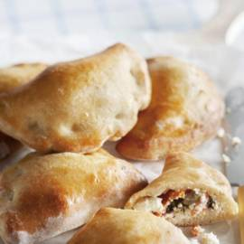 Empanada's gevuld met geitenfeta en ricotta