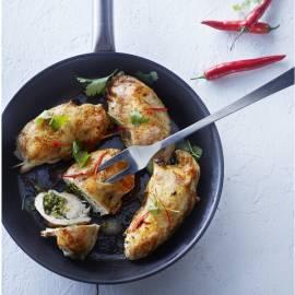 Gevulde kipfilet met pikante pesto