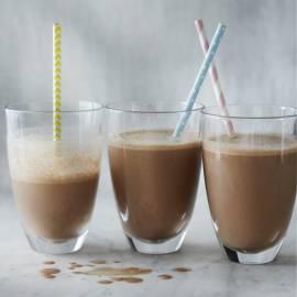 Milkshake met chocolade en banaan