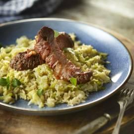 Snelle risotto met groene kool en worstjes