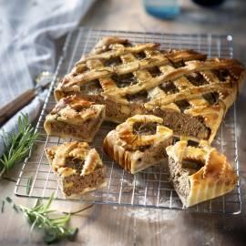 Gehakt pie met rozemarijn en appel