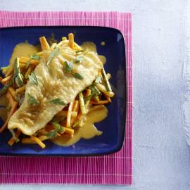 Krokante pangasius met Thaise groente