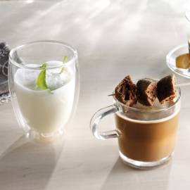 Kruidige koffie met kardemom en sinaasappel