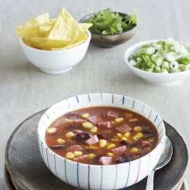 Mexicaanse bonen-maïssoep