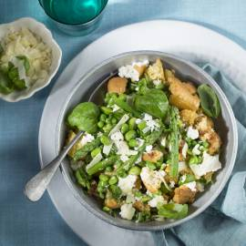 Panzanella met groene groenten