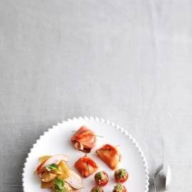Pitapuntjes met kip en hummus