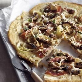 Plaatpizza met  paddenstoelen en ham