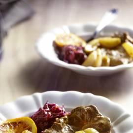 Sukadelapjes met sinaasappel en sjalotjes