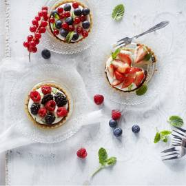 Tartelettes met yoghurtroom en fruit