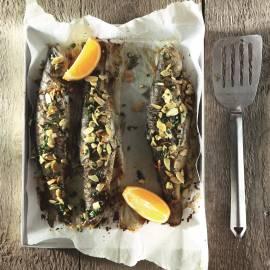 Hele forel uit de oven met Marokkaanse kruiden