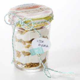 Cheesecake in a jar met granola en frambozen