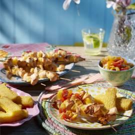 Kipkebabs met polenta en gembersalsa