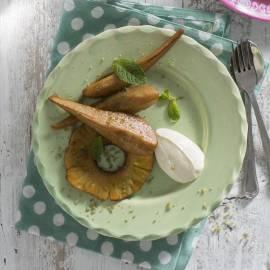 Geroosterde peer en ananas met muntsuiker