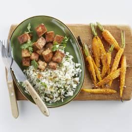 Geroosterde wortels en gekaramelliseerde tofu