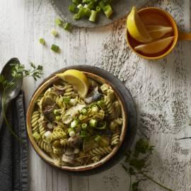 Fusilli met sardines, ansjovis en artisjok