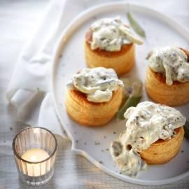 Pasteitje met paddenstoelen, mosterd en salie