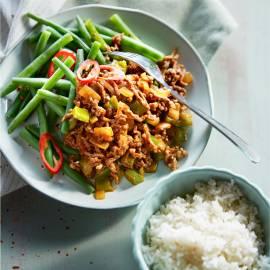 Gehaktgoulash met rijst en boontjes
