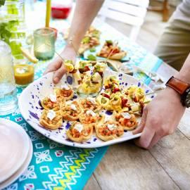 Tortellini-spiesjes met tomaat en parmezaan