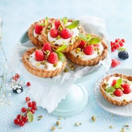 Frambozentaartjes met pistache