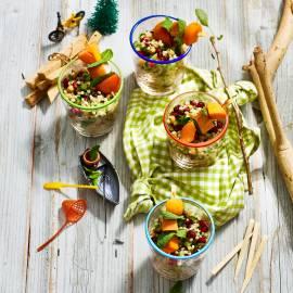 Couscous-salade met kip-fruitspiesje