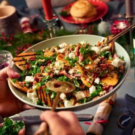 Wintersalade met zoete aardappel en boerenkool