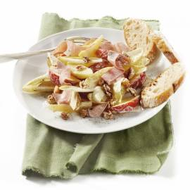 Maaltijdsalade met witlof, fruit en ham