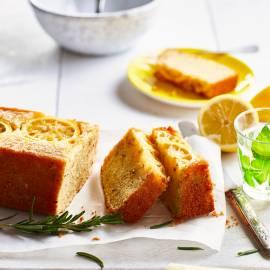 Citroencake met rozemarijn