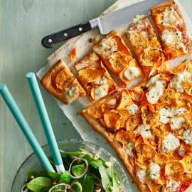 Pizza met zoete aardappel en gorgonzola