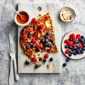 Ontbijtomelet met tofu, noten en honing