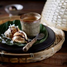 Vietnamees koffie-ijs met chocolade-kokossaus