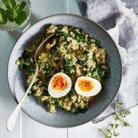 Havermout'risotto' met spinazie en blauwe kaas