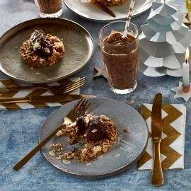 Cruesli-taartje met chocolademousse en amandel