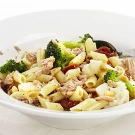 Pasta met bloemkool, broccoli en tonijn