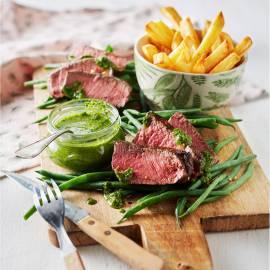 Biefstuk met chimichurri en ovenfriet