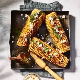 Maiskolven met tacokruiden en feta