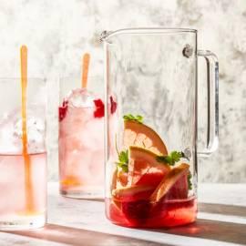 Grapefruitwater met framboos en koriander