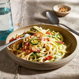 Spaghetti met romige gorgonzolasaus en courgette