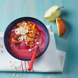 Rode biet-smoothie bowl