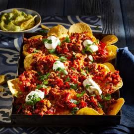 Chiligehakt met chips