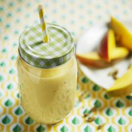Mango-kardemomsmoothie